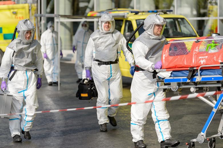 Число погибших от вируса Эбола приблизилось к пяти тысячам