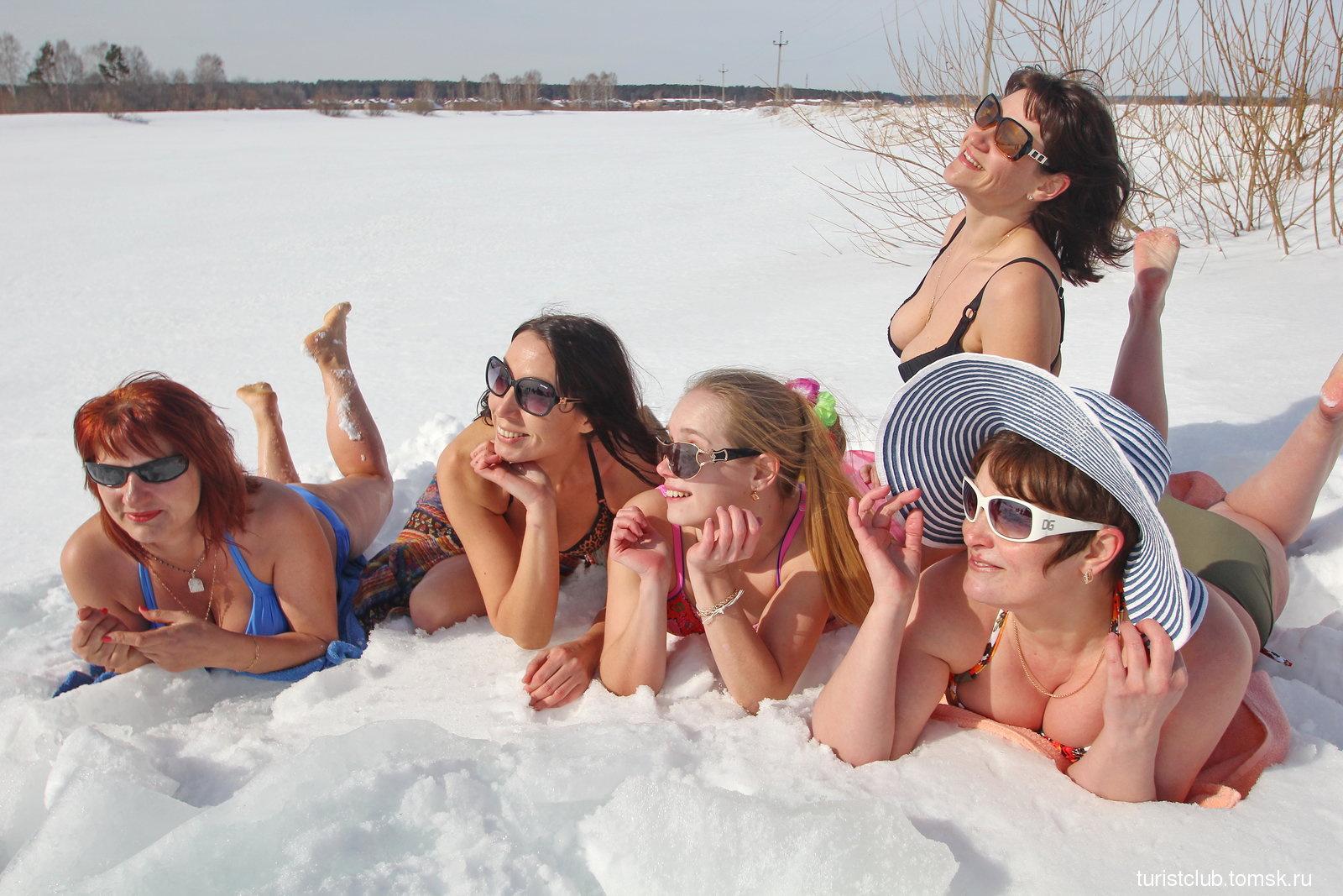 Фото купающихся девочек 24 фотография