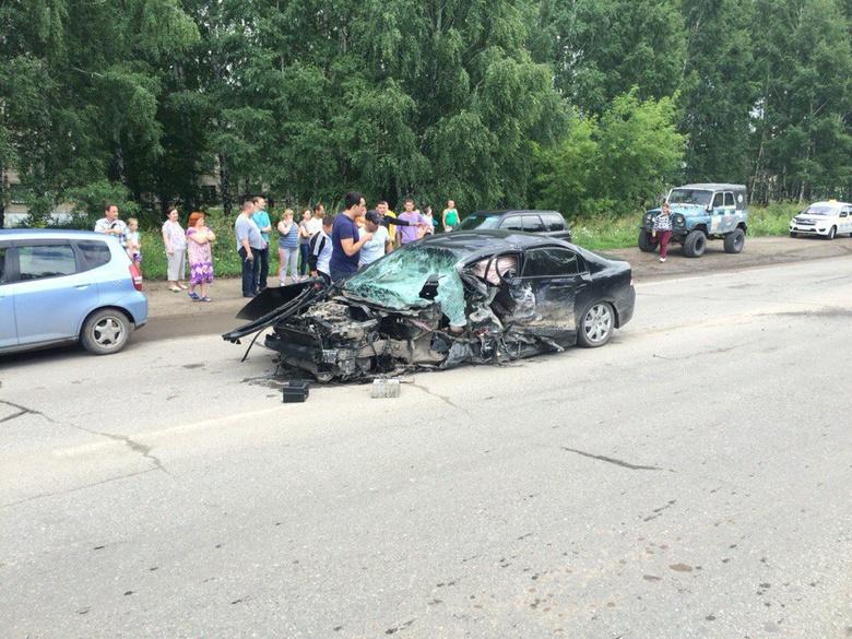 Мужчина умер влобовом столкновении Хонда и Тойота вТомске