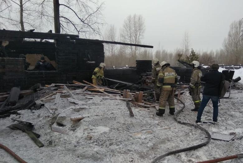 Замглавы Роструда приехал в Томскую область после пожара в Асиновском районе