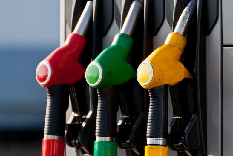 За неделю оптовые цены на бензин в Томской области снизились трижды