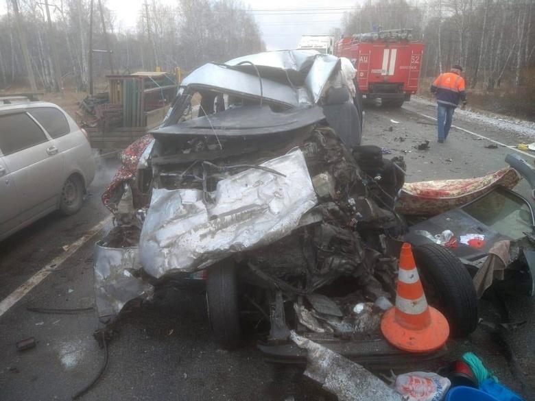 Скончался последний пострадавший в ДТП у Болотного, число погибших достигло 6 человек