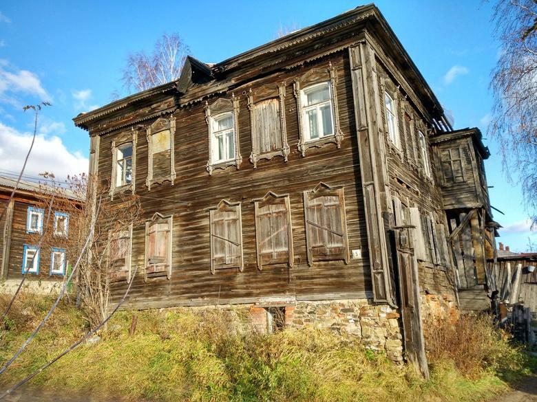 Дом на Мамонтова, 5а