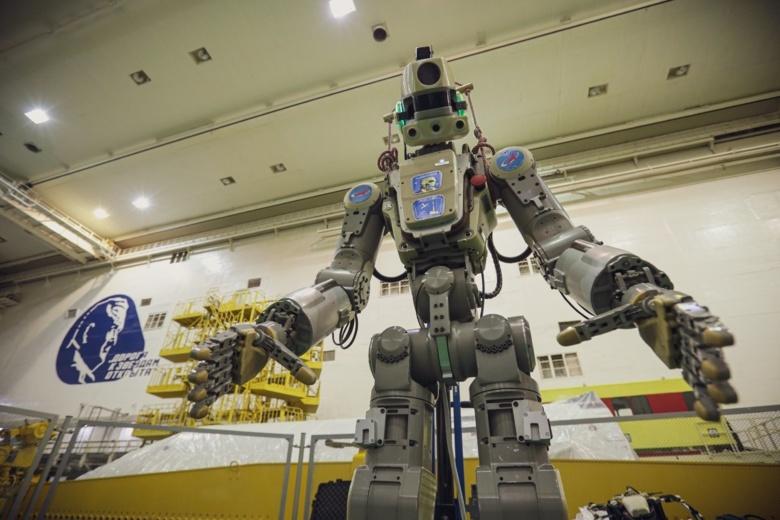 «Союз МС-14» с роботом «Федором» пристыковался к МКС