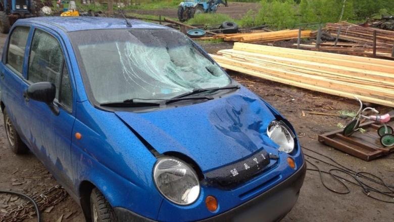 Водитель Daewoo Matiz насмерть сбил девушку в Томской области и скрылся