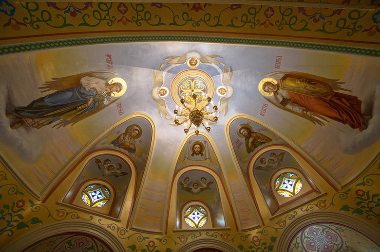 Томской Воскресенской церкви требуется 2,8 млн на роспись верхнего придела в 2017г