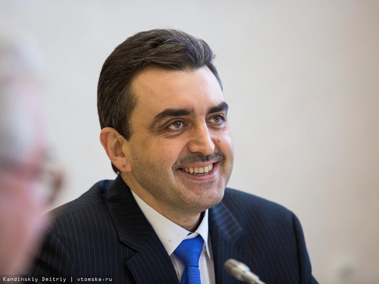 Глава ТГУ в 2016г заработал больше других томских ректоров