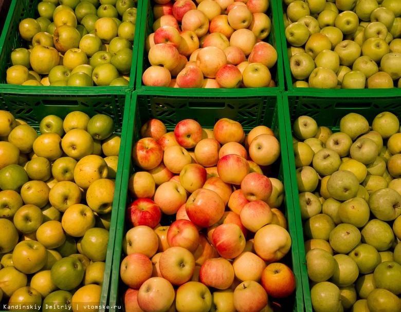 Ввоз импортных томатов и яблок в Томскую область вырос в 2 раза