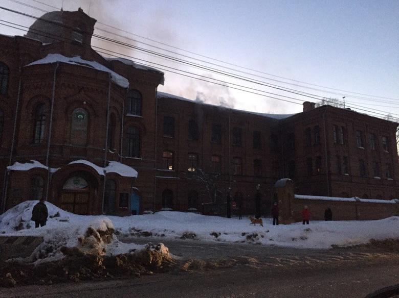 В здании бывшего ТВМИ произошел пожар