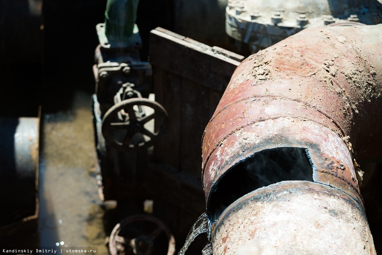 Более 100 дефектов выявили коммунальщики на теплосетях Томска
