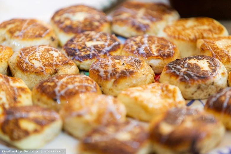 Тесто, сыр, творог и рикотта: готовим пиццу, сырники и запеканку