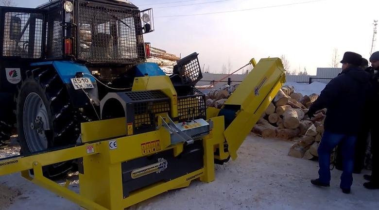 Механический дровокол в томском лесхозе обеспечит дровами жителей двух районов
