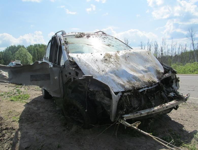 Водитель Toyota погиб, перевернувшись на трассе в Томской области