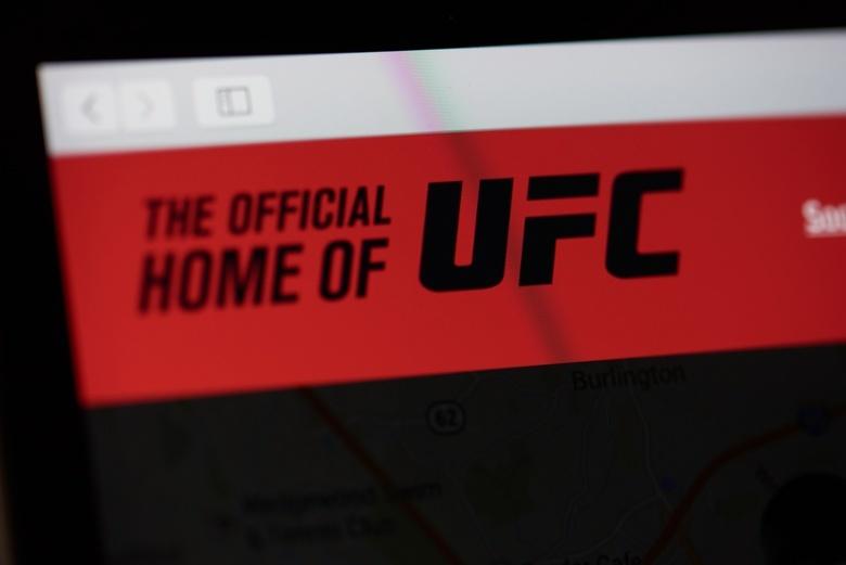 Пуарье нокаутировал Макгрегора в главном бою UFC 257