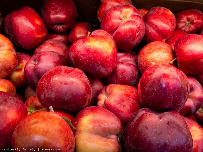 Россельхознадзор: в Томск могли завезти фрукты, пораженные опасным вредителем