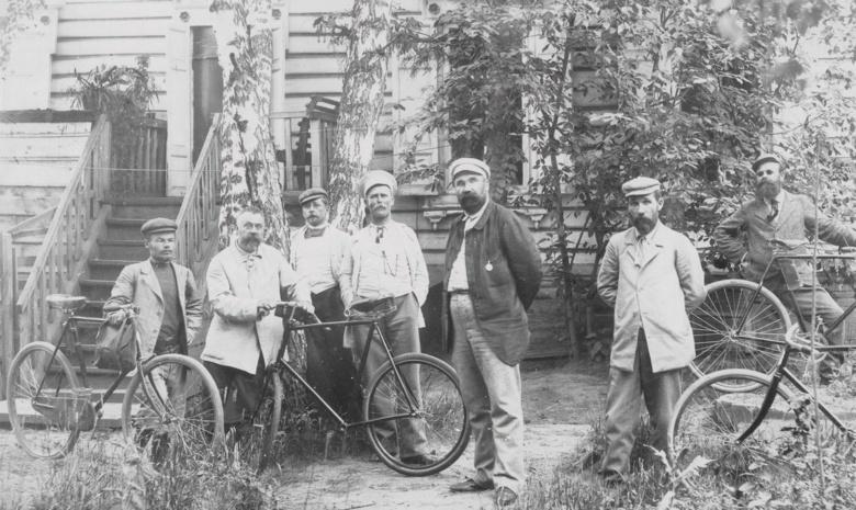 Томские велосипедисты под предводительством Н.Я.Белобородова
