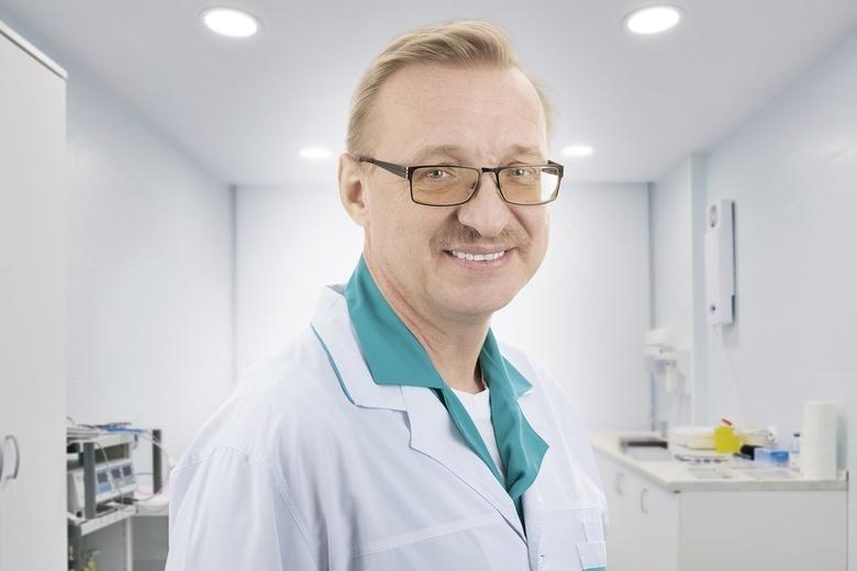 Профессор, доктор медицинских наук, онколог, эндокринолог, хирург со стажем работы почти 35 лет Сергей Петрович Шевченко