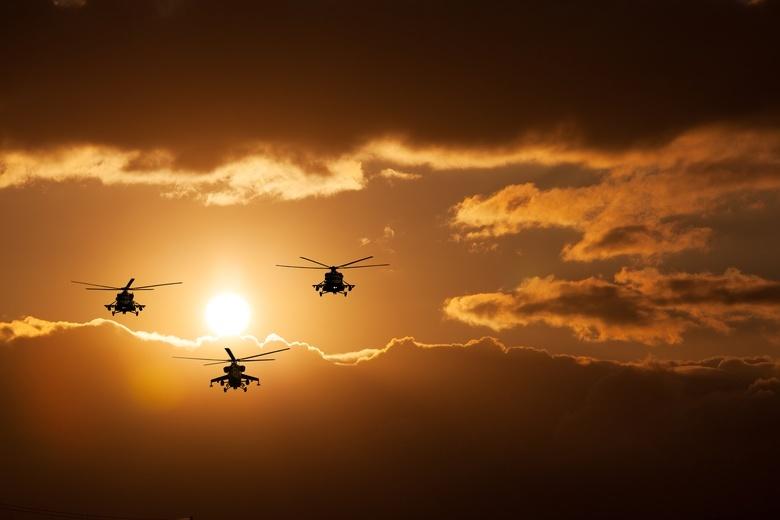 Российские вертолеты перебазировали на север Сирии