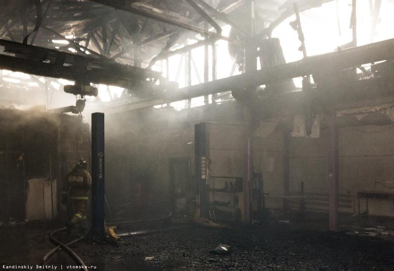 Спасатели ликвидировали пожар в автосервисе на Герцена