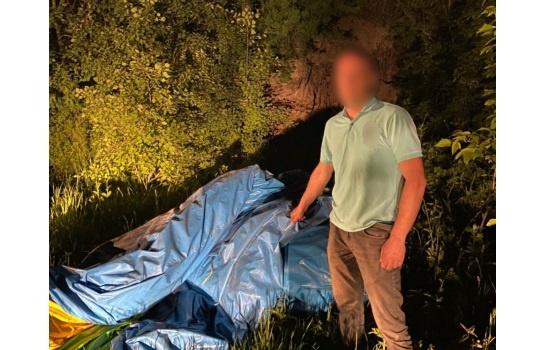 Томич на эвакуаторе украл 200-килограммовый батут