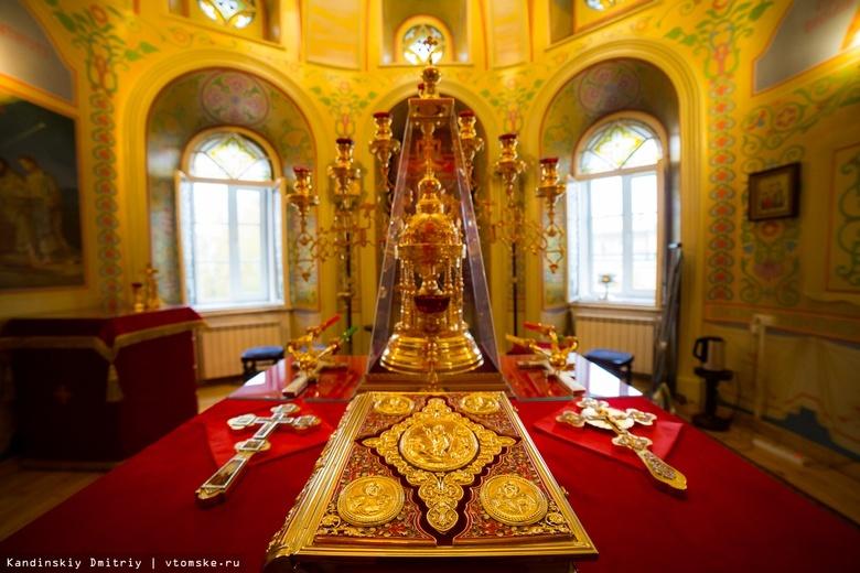 Мужчина ночью пытался украсть иконы из храма в Томской области