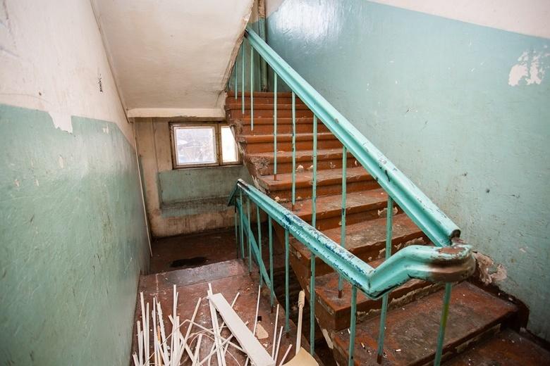 Специалисты приступили к ремонту старейшего общежития ТГУ на Никитина
