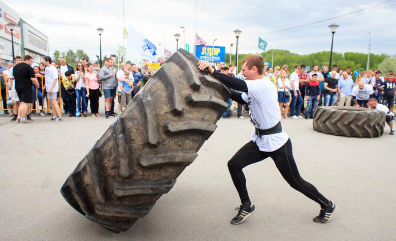 Уик-энд: томский марафон, силовой экстрим и фестиваль «Дружба народов»