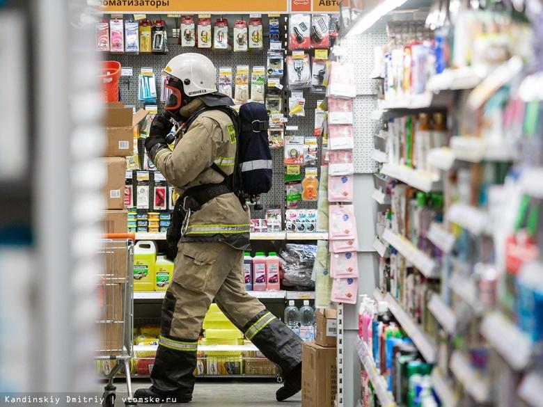 Спасли из огня 6 человек: учения пожарных прошли в томском «Стройпарке»