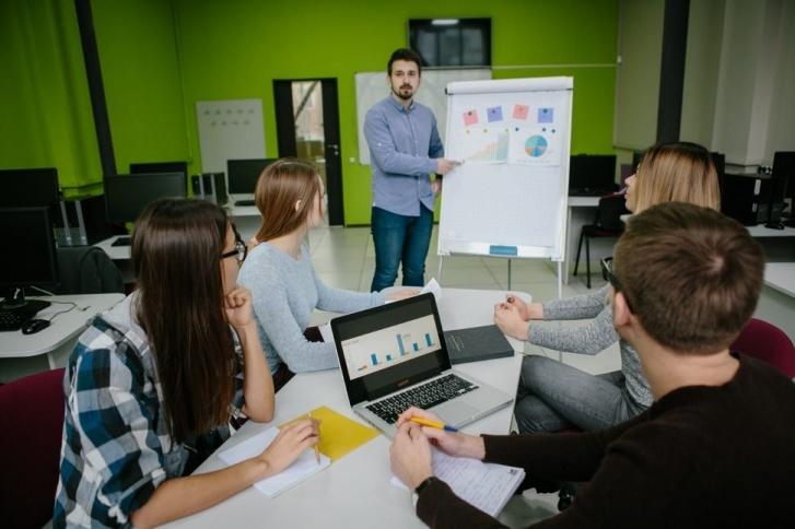 Томичи идут в IT: кто берет на работу бывших менеджеров и продавцов