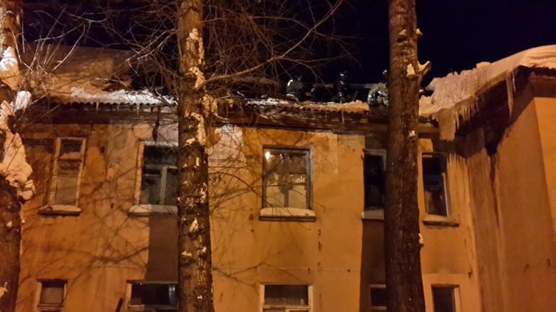 Кровля жилого дома рухнула вТомской области