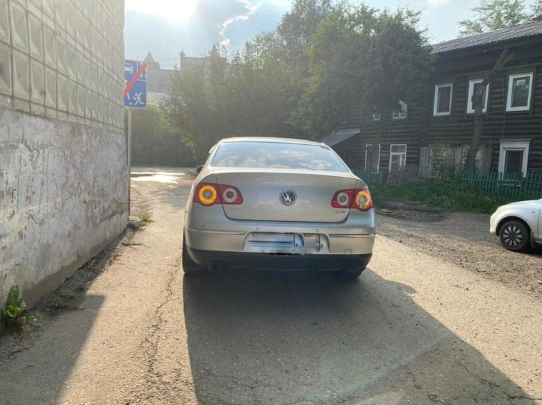 Семилетняя девочка попала под колеса иномарки в Томске