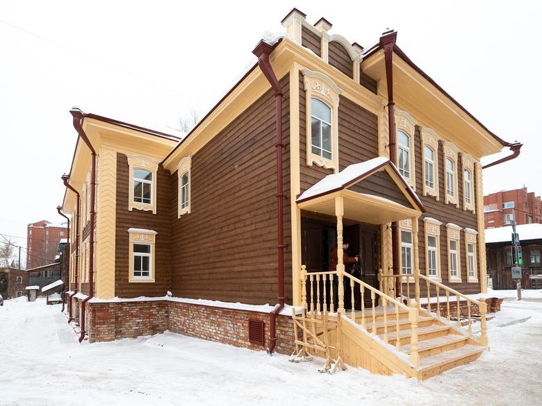 Инвестор не может подключить к электричеству и теплу восстановленный дом на Фрунзе