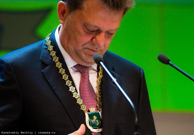 Главы крупных городов СФО вновь заработали в 5 раз меньше Ивана Кляйна