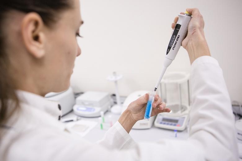 Томские ученые исследуют стволовые клетки для создания имплантов нового поколения