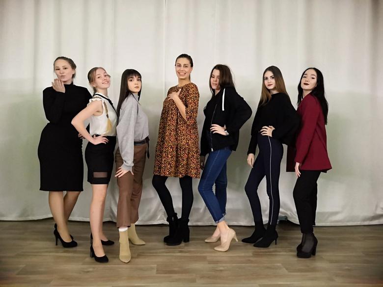 Семь томских учениц претендуют на титул «Школьница-2019»