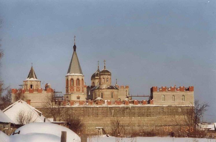 Исторический момент: поэт-песенник, Герой Советского Союза и женский монастырь