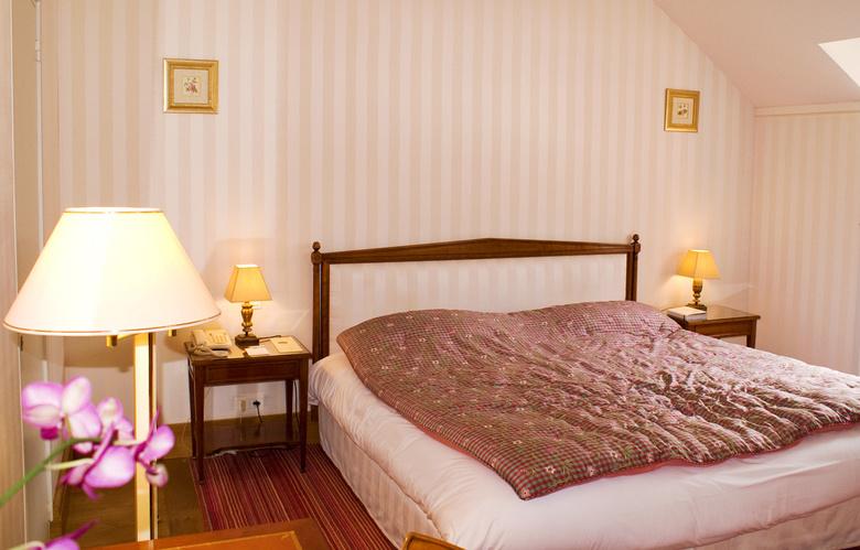 Выбор безопасной, качественной и красивой мебели для спальни
