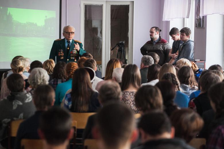 Горожане услышат песни о войне и встретятся с ветеранами на мероприятиях в библиотеках Томска