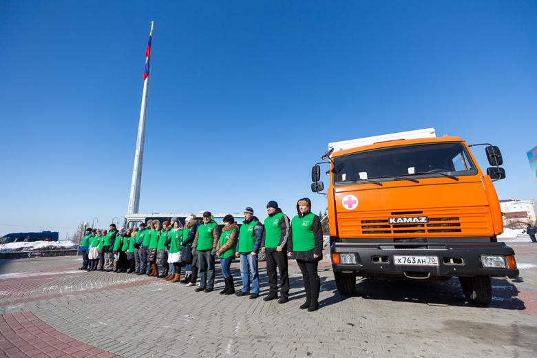 Медики на машинах вновь отправились в отдаленные села Томской области