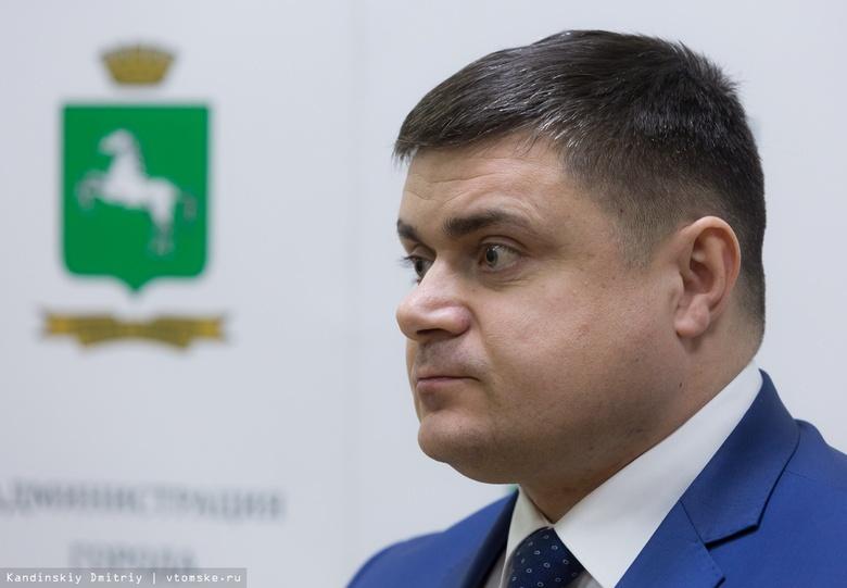 Суд приговорил экс-заммэра Томска Сурикова к 4 годам колонии строгого режима