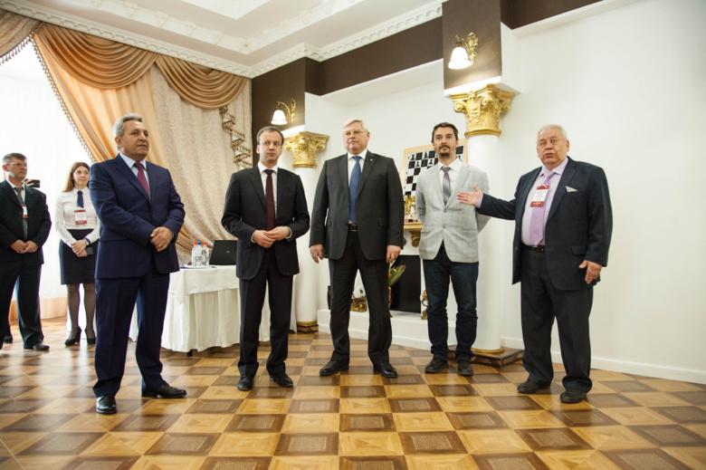 Третья в РФ шахматная гостиная имени Дворковича заработала в Томске