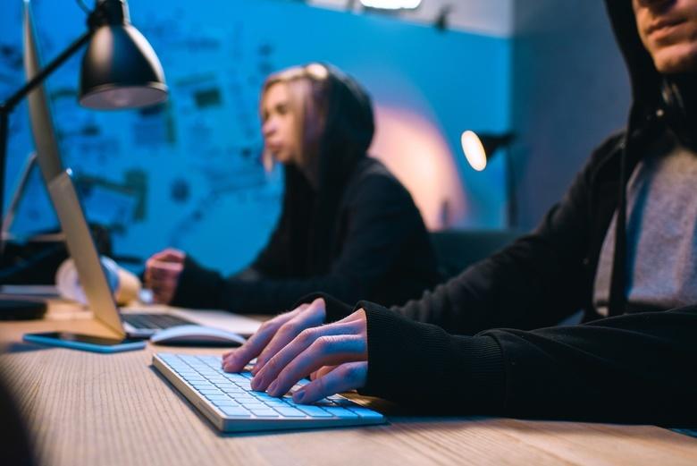 Эксперты: рынок интернет-пиратства в России сократился впервые за пять лет