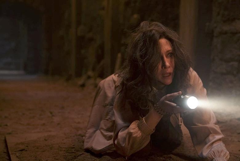 Что смотреть в кино: хоррор «Заклятие 3» и «Красный призрак»