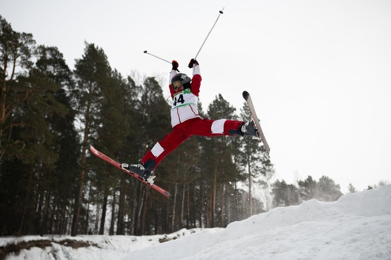 Подушку для летних тренировок фристайлистов установили в Академгородке