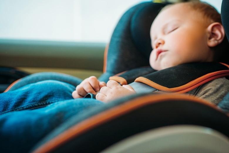 Томских родителей в роддомах научат, как правильно перевозить детей в автомобиле