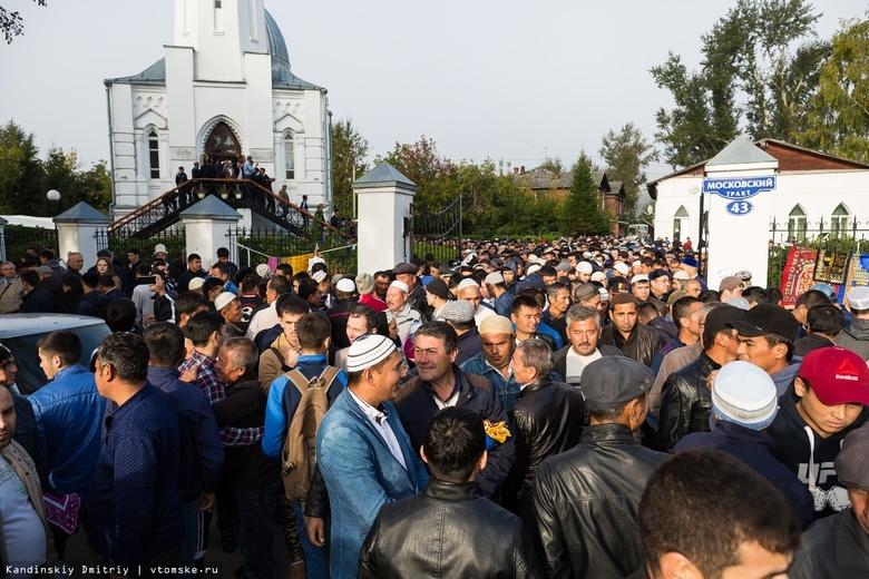 Дороги в районе Белой мечети перекроют в дни демонстрации исламских реликвий