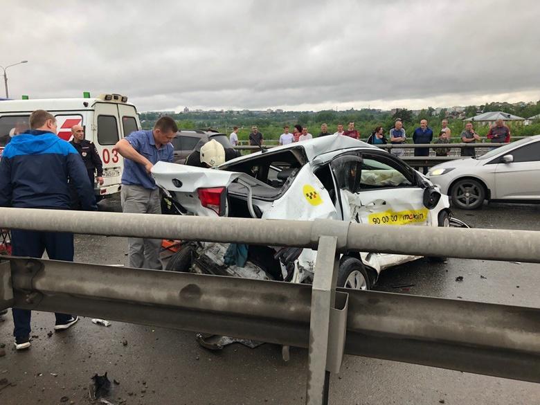 Очевидец: ДТП с участием около 15 авто произошло на Балтийской в Томске