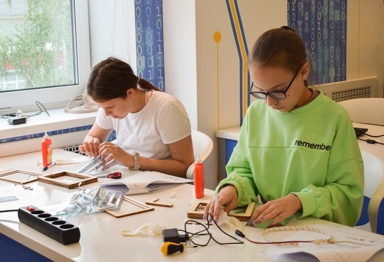 Томских школьников научат делать светильники с эффектом бесконечности