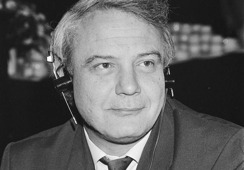 На 77 году жизни скончался советский писатель и диссидент Владимир Буковский
