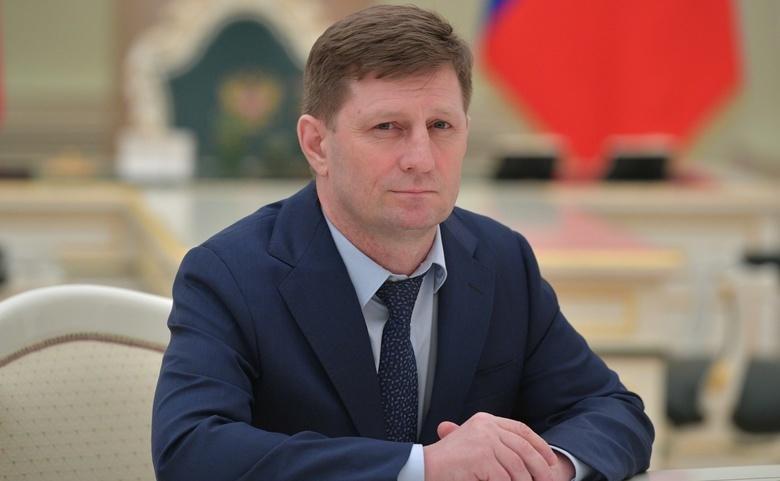 Десятки тысяч жителей Хабаровска вышли на митинг в защиту губернатора Фургала